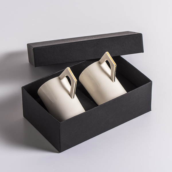 Coffret tasses Shiny Karen Petit